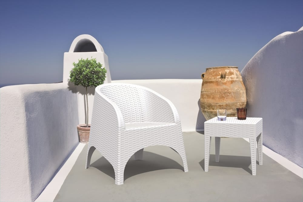 Outdoor armchair and low table