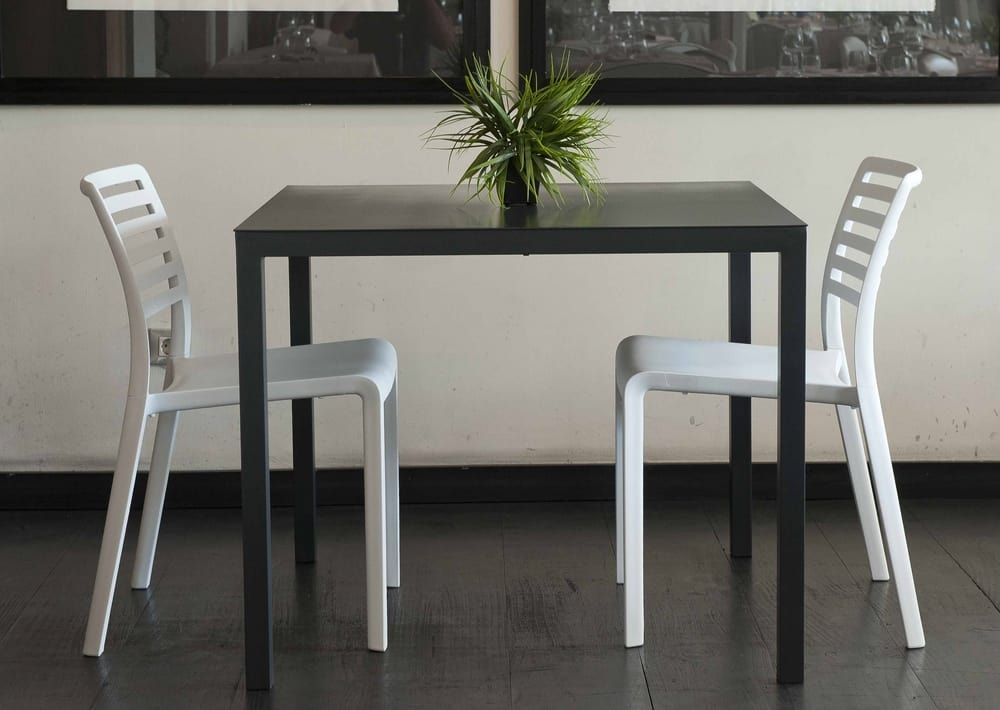 Aluminium square table and chairs