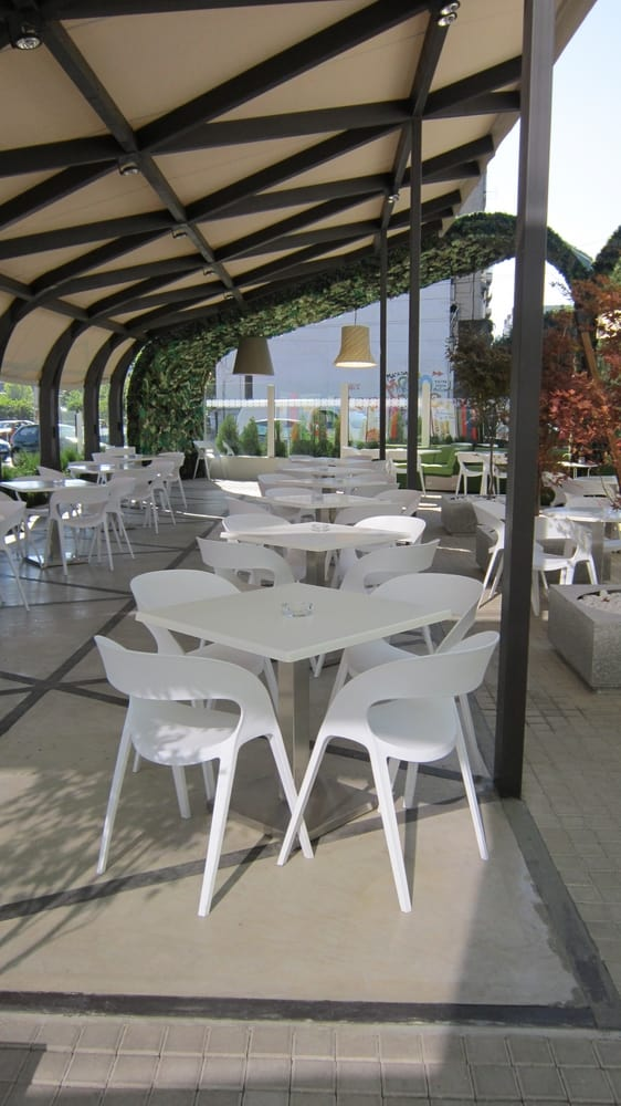 White chairs and tables