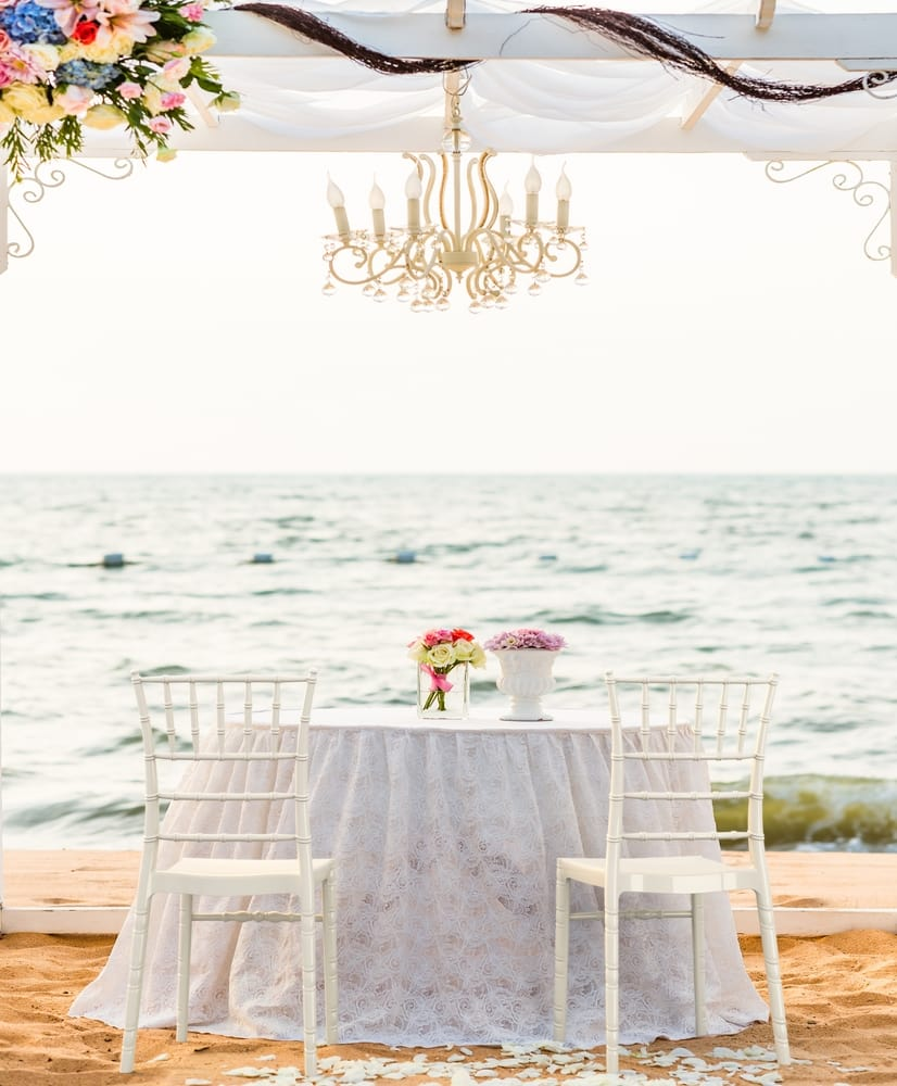 Polycarbonate wedding chairs