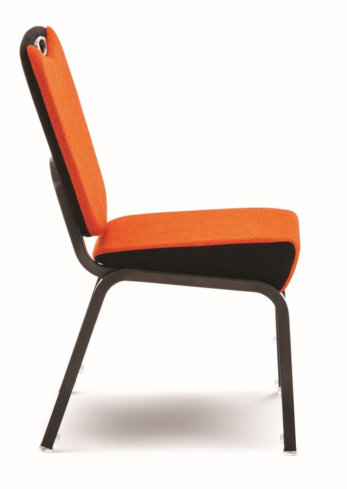 Chair with trapezoidal seat