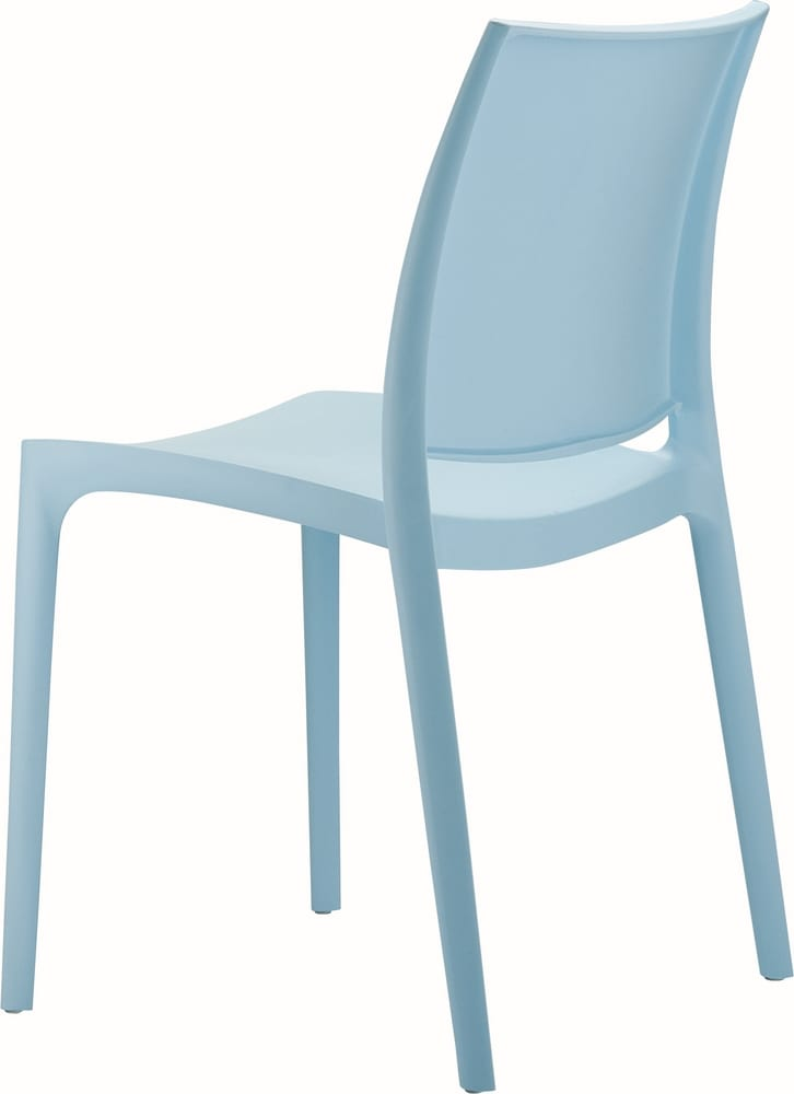 Chair in coloured polypropylene