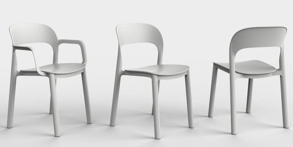 Outdoor chairs with arms or without