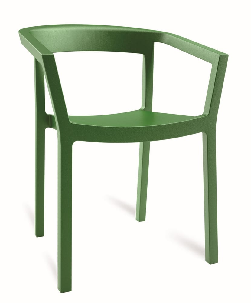 Polypropylene stacking chair with arms