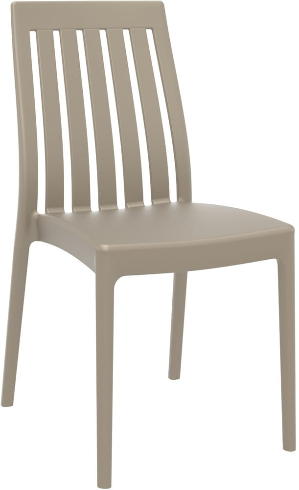 Outdoor chair with vertical slats
