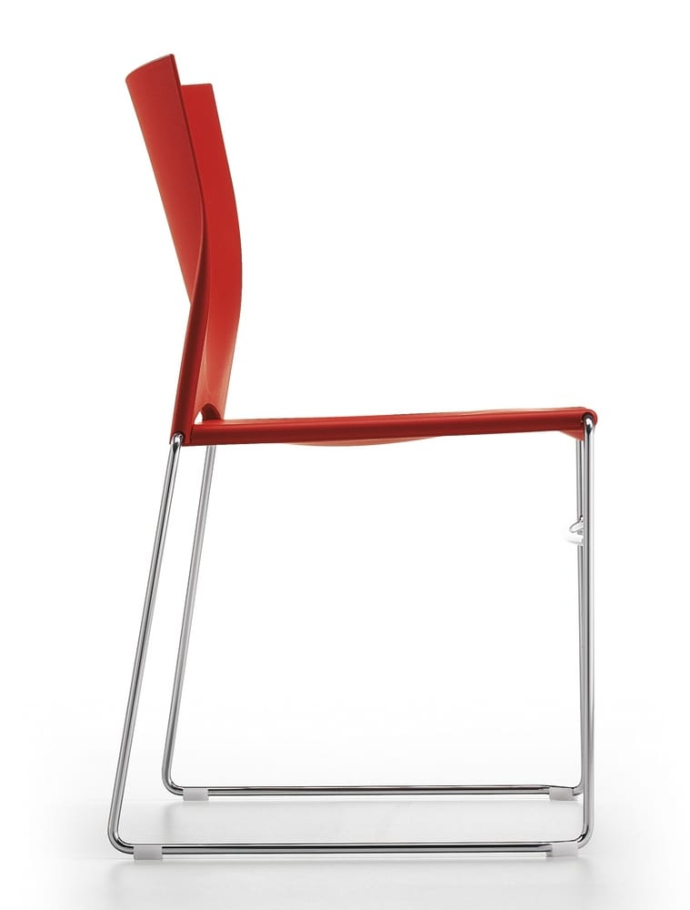 Chair in steel and plastic